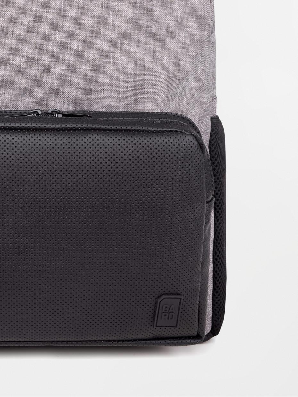 Рюкзак SOFT з порфорованою кишенею з чорної еко-шкіри | сірий меланж 4/19